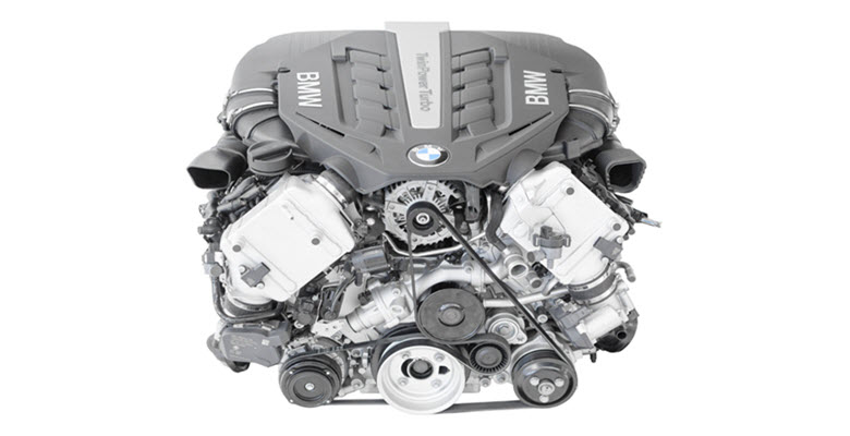 BMW TwinPower Turbo V8-Cylinder Engine